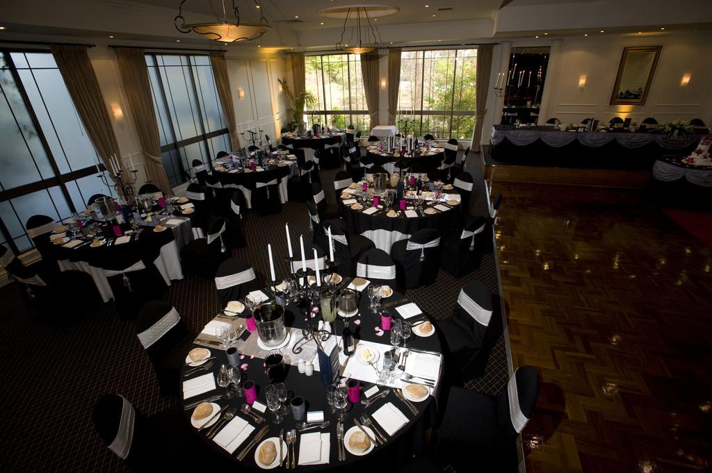Lakeside Banquet Convention Centre Wedding Venues Vendors