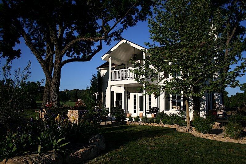 Hammersky Vineyards - Ceremony & Reception, Ceremony Sites - 7725 Vineyard Dr, CA, 93446