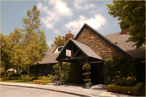 Summit House Restaurant - Ceremony Sites, Reception Sites, Restaurants - 2000 E Bastanchury Rd, Fullerton, CA, 92835