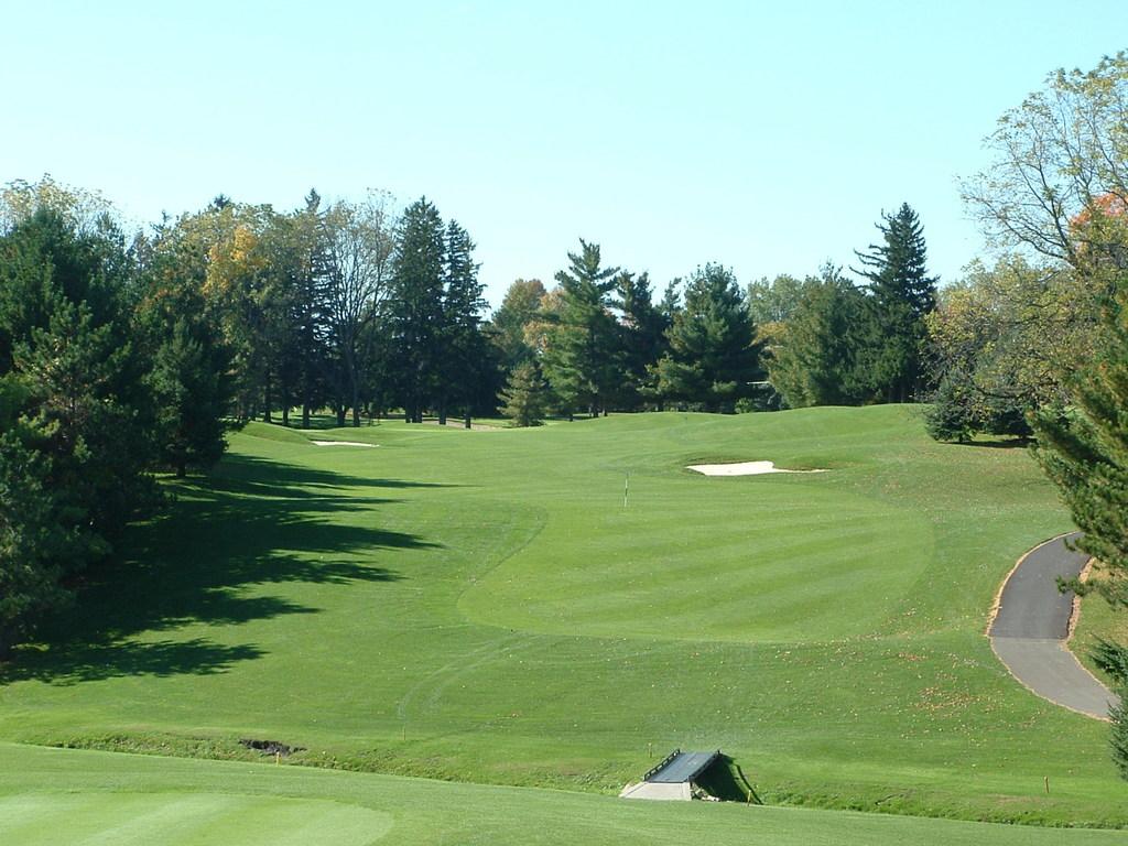 Northfield (MN) United States  city photos gallery : ... , Golf Courses 707 Prairie St, Northfield, MN, United States