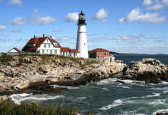 Portland Head Lighthouse - Attraction - 1000 Shore Rd, Cape Elizabeth, ME, United States