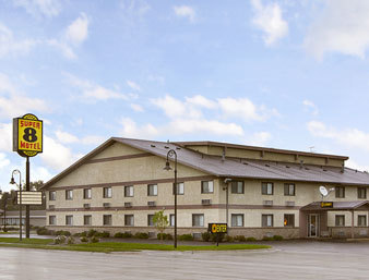 Super 8 Motel - Hotels/Accommodations - 2603 S Locust St, Grand Island, NE, 68801