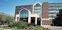 Best Western Kelly Inn - Hotel - 100 4th Ave S, St Cloud, MN, 56301