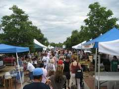 Longmont Farmers Market - Attraction - S Hover St & Boston Ave, Longmont, CO