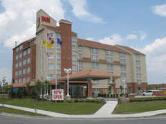 Monte Carlo Inn Vaughan Suites - Hotel - 705 Applewood Cres., Vaughan, Ontario, L4K 5W8, Canada