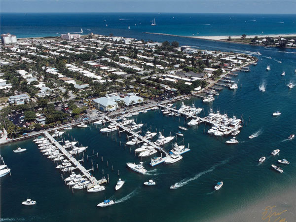 Sailfish Marina Restaurant - Restaurants, Reception Sites, Attractions/Entertainment - 98 Lake Drive, Palm Beach Shrs, FL, United States