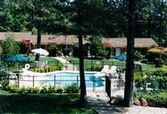 Ponderosa Gardens Motel - Hotels - 7010 Skyway, Paradise, CA, United States
