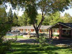 Paradise Inn - Hotels - 5423 Skyway, Paradise, CA, United States