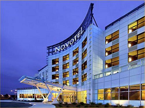 Novotel - Hotels/Accommodations - 2599 Boulevard Alfred Nobel, Saint-Laurent, QC, H4S 2G1, Canada