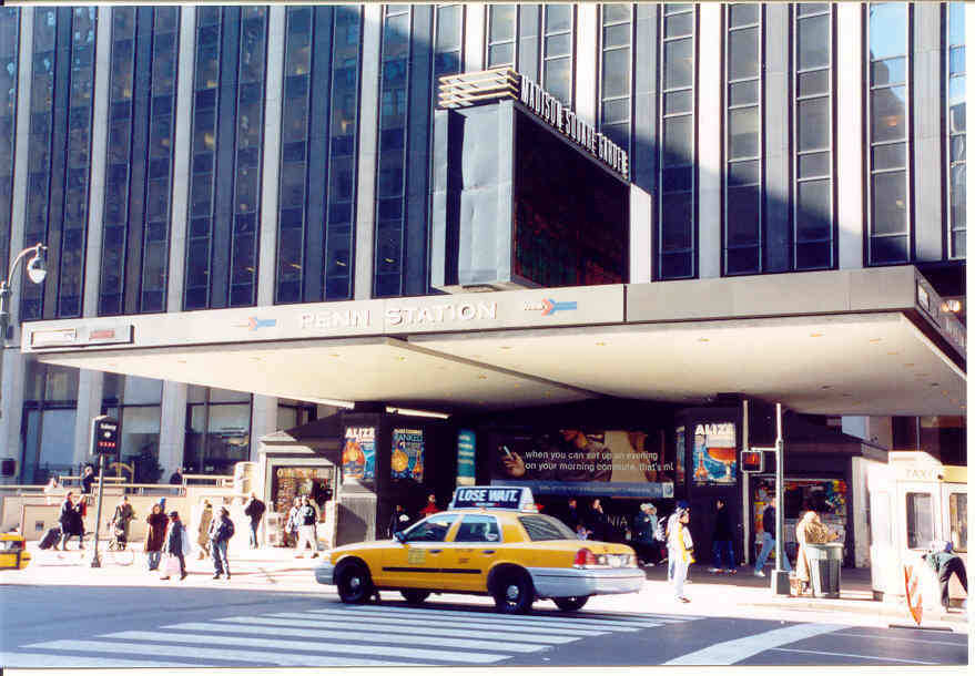 Penn Station - Attractions/Entertainment - 7th Ave & 34th St, New York, NY, US