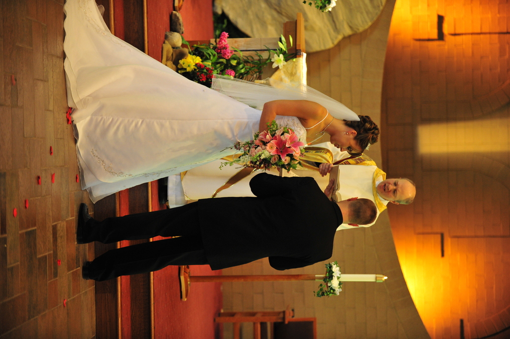 Church Of The Holy Angels - Ceremony Sites - 18205 Chillicothe Road, Chagrin Falls, OH, United States