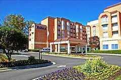 Hilton Suites Atlanta Perimeter - Hotel - 6120 Peachtree Dunwoody Rd NE, Atlanta, GA, 30328