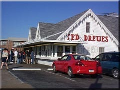 Ted Drewes Frozen Custard - Attraction - 6726 Chippewa St, St Louis, MO, United States