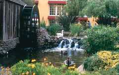 Embassy Suites Hotel Napa Valley - Hotels - 1075 California Blvd, Napa, CA, USA