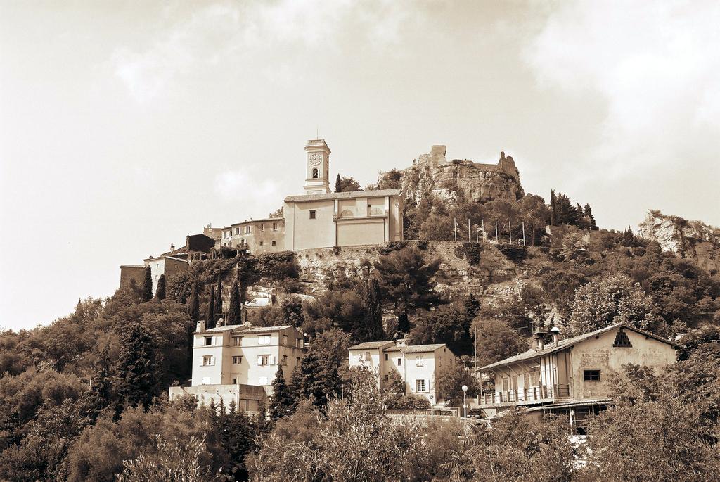 Eglise Notre Dame De L'assomption - Ceremony Sites - Èze, Provence-Alpes-Côte d'Azur