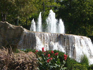 Monument Park Waterfalls - Photo Sites - W Higgins Rd & River Rd, Cook, IL