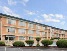Super 8 Williamsburg/ Colonial Area - Hotel - 1233 Richmond Road, Williamsburg, VA, United States