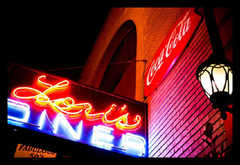 Lori's Diner - Restaurant(s) - 149 Powell Street, San Francisco, CA, 94102, United States