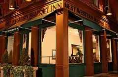 Best Western Seaport Inn Downtown - Hotel - 33 Peck Slip, New York, NY, United States
