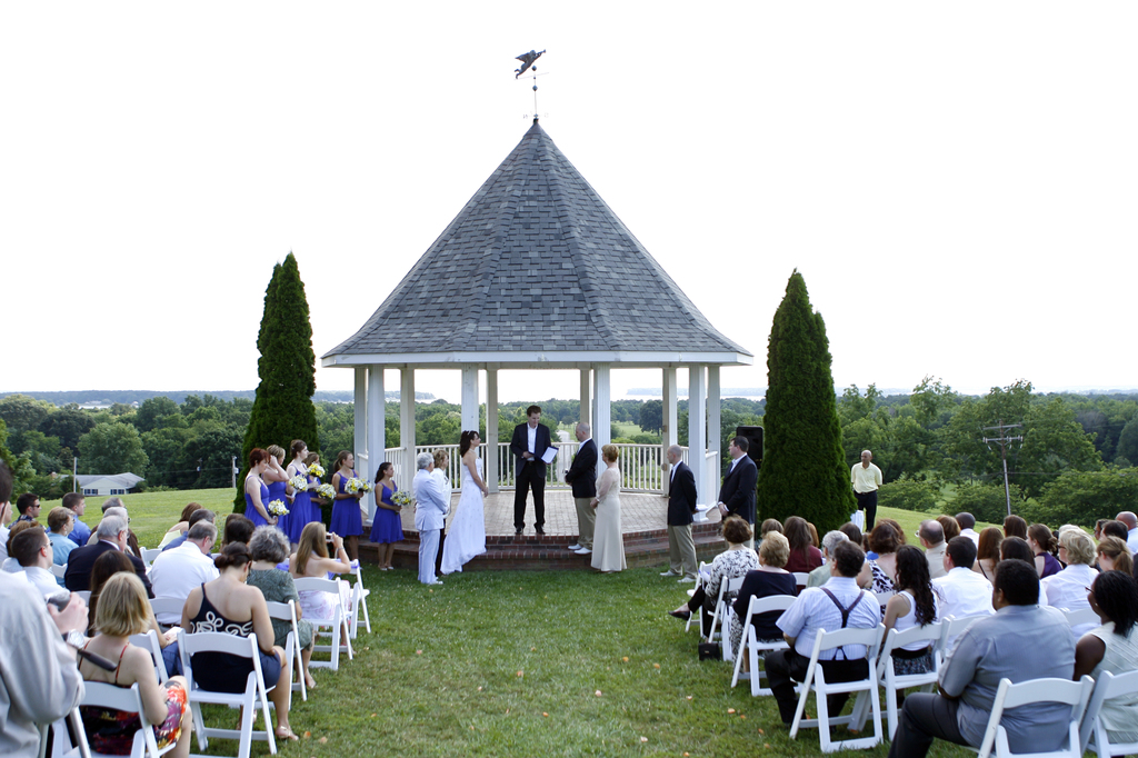 Olde Breton Inn - Ceremony Sites - 21890 Society Hill Rd, Leonardtown, MD, 20650