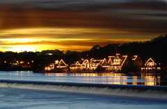 Bachelors Boat House - Attraction - Boathouse Row, Philadelphia, Pennsylvania, US