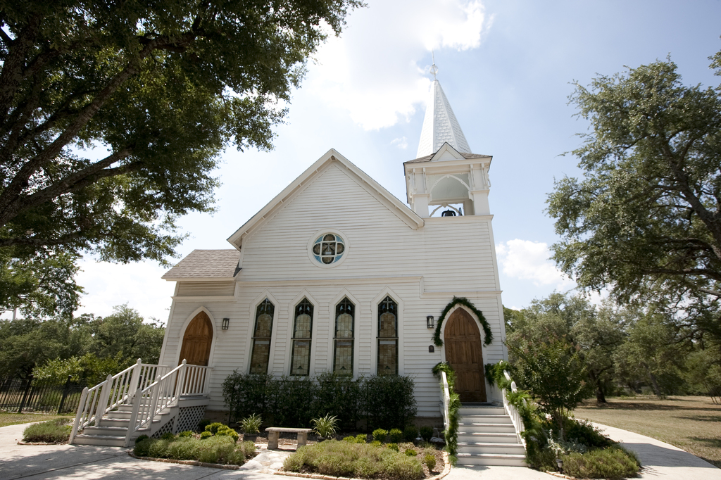 Salado United Methodist Chapel - Ceremony Sites - 650 Royal St, Salado, TX, 76571
