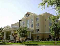 Holiday Inn Express & Suites Newmarket - Hotel - 100 Pony Dr, Newmarket, ON, L3Y 7B6