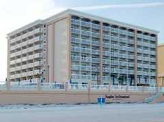 Hampton Inn Daytona Shores-Oceanfront - Hotel - 3135 S Atlantic Ave, Daytona Beach, FL, 32118