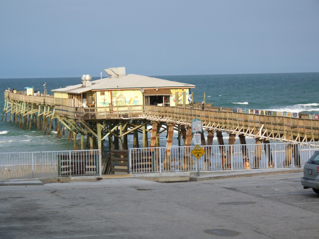 Sunglow Pier - Beaches, Attractions/Entertainment - 3701 S Atlantic Ave, Daytona Beach, FL, 32118