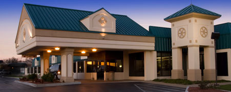 Lamplighter Inn - Hotels/Accommodations, Reception Sites - 4020 S Parkview Dr, Frontenac, KS, 66763
