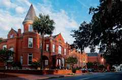 Mansion on Forsyth Park - Hotel - 700 Drayton St, Savannah, GA, 31401