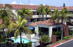 Best Western Plus Redondo Beach Inn - Hotel - 1850 South Pacific Coast Highway, Redondo Beach, CA, United States