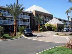 The Portofino Hotel & Yacht Club - Hotel - 260 Portofino Way, Redondo Beach, CA, United States