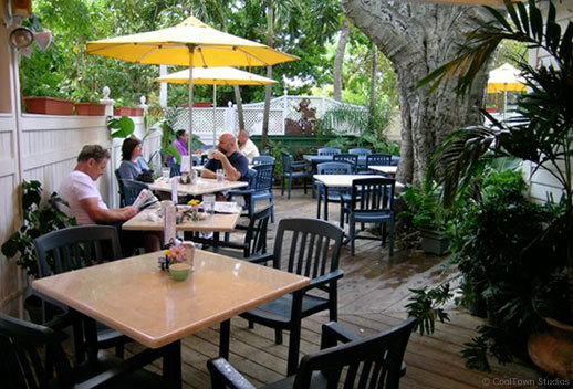 Croissants De France - Restaurants, Cakes/Candies, Reception Sites, Brunch/Lunch - 816 Duval St, Key West, FL, 33040