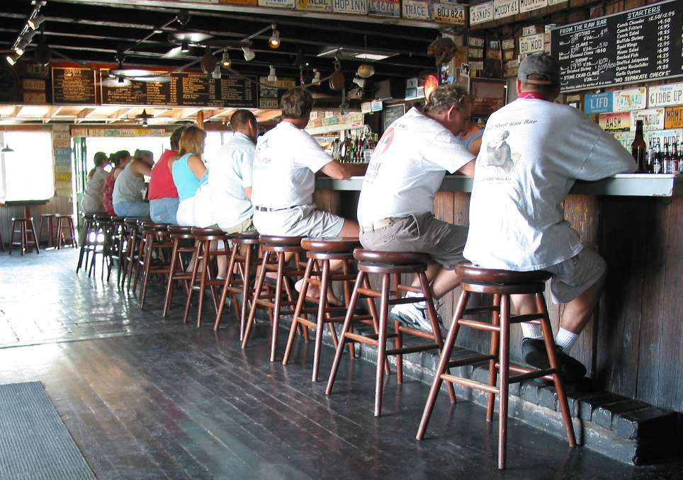 Half Shell Raw Bar - Restaurants, Reception Sites - 231 Margaret St, Key West, FL, United States