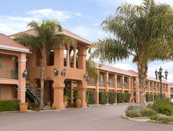 Ramada Inn - Hotels/Accommodations - 2010 E Childs Ave, Merced, CA, 95341