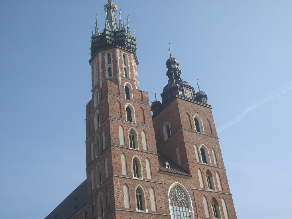 Bazylika Mariacka - Ceremony Sites, Attractions/Entertainment - 5 plac Mariacki, Kraków, małopolskie, 33-332, PL