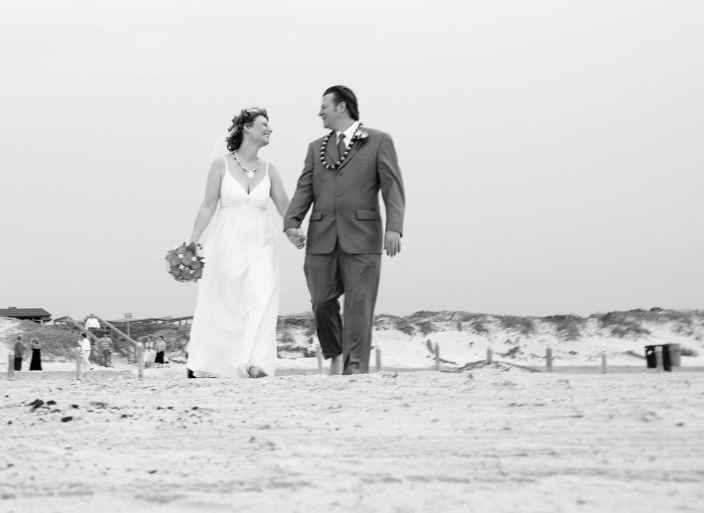 Beach Wedding - Ceremony Sites, Hotels/Accommodations - 1419 S 11th St, Port Aransas, TX, 78373