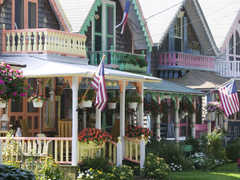 Shopping in Vineyard Haven - Attraction -