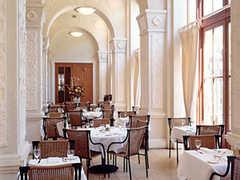 Il Fornaio - Restaurant - 400 Capitol Mall, Sacramento, CA, United States