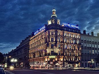 Hotel Le Royal Lyon - Hotels/Accommodations - Place Bellecour, Lyon, Rhône-Alpes, France