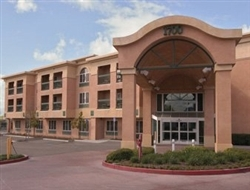 Hawthorne Suites Hotel - Hotels/Accommodations - 1700 N Livermore Ave, Livermore, CA, 94551