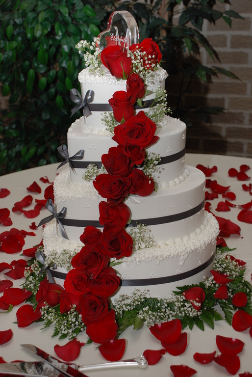 Cakes By Karen - Cakes/Candies, Attractions/Entertainment - 8632 Kennedy Ave, Highland, IN, United States