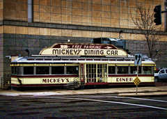 Mickey's Diner - Restaurant - 36 7th St W, St Paul, MN, United States