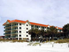 Vistas on the Gulf - Hotel - 4000 Gulf Blvd, St Pete Beach, FL, 33706