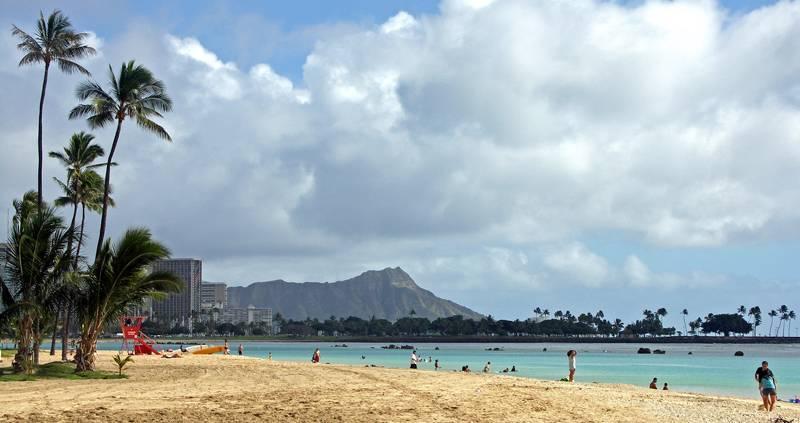 Ala Moana Beach Park - Beaches - 1201 Ala Moana Boulevard, Honolulu, HI, United States
