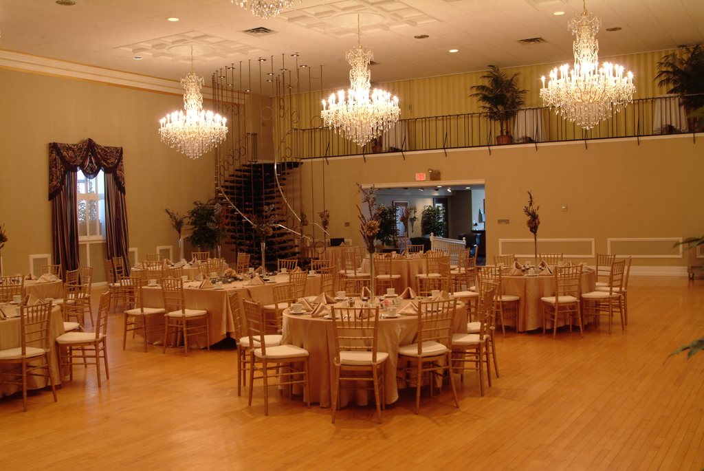 Temple Theatre - Reception Sites, Attractions/Entertainment, Ceremony Sites - 201 N Washington Ave, Saginaw, MI, 48607, US