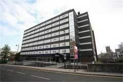 Travelodge Manchester Central - Hotel - Blackfriars Street, Manchester, M3 2EG, United Kingdom