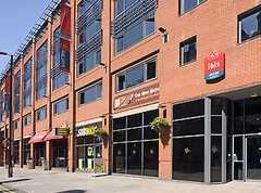 IBIS Hotel - Hotel - 96 Portland Street, Manchester, M1 4GX, United Kingdom
