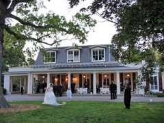 Scarsdale Wedding In May in Greenwich, CT, USA